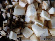 Рецепт залука - нарезать баклажаны