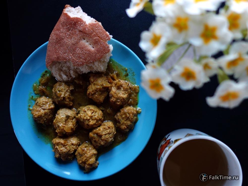 Тефтели в соусе по-мароккански