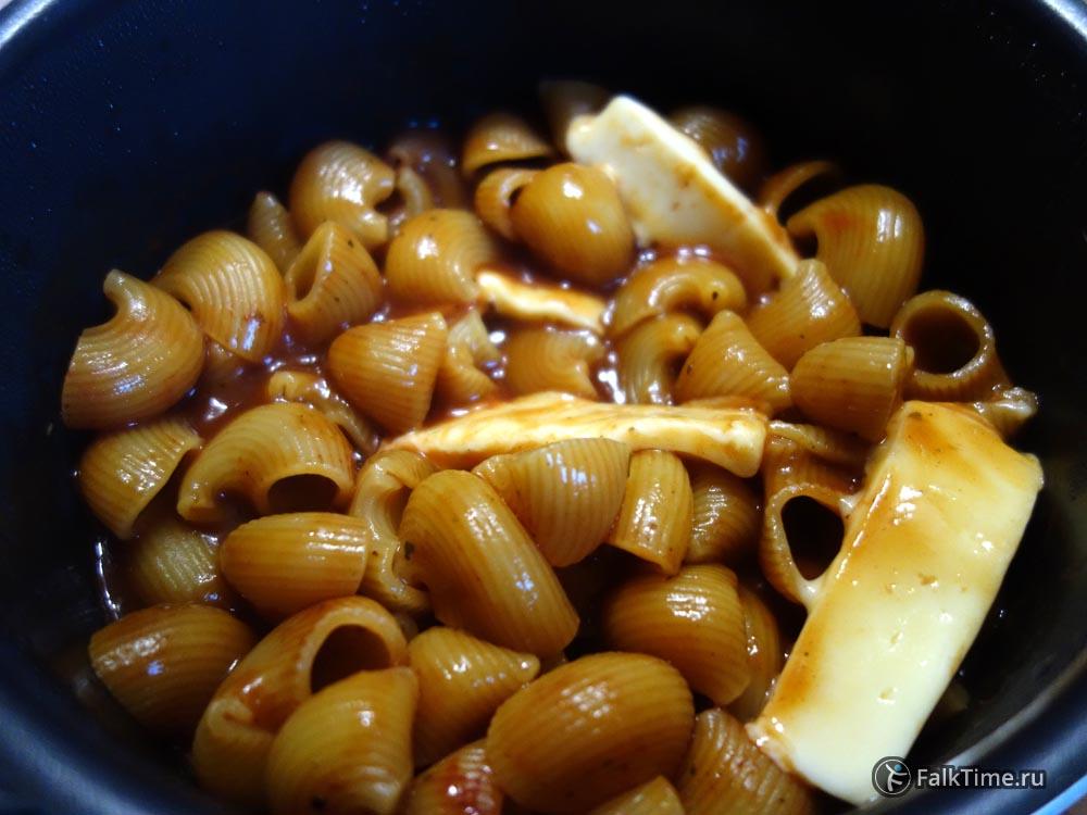 Рецепт макарон в томатном соусе с сыром