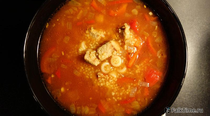 Томатный суп с кукурузной крупой